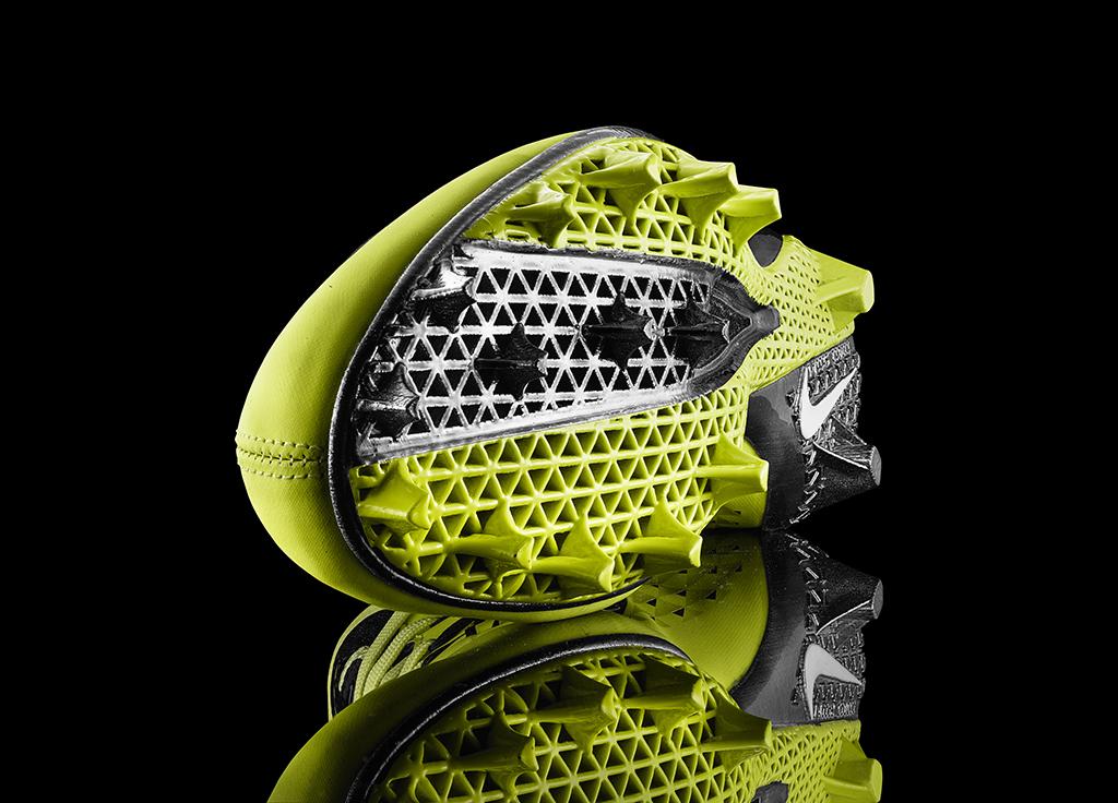 13-150_Nike_Football_Detail-03d_original